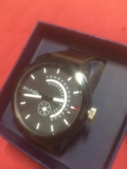 Relógio Tommy Hilfiger Couro Marrom