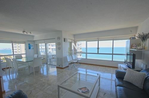 Apartamento En Venta Playa Mansa-ref:4371