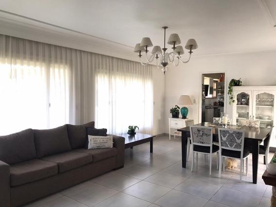 Venta Chalet 3 Dormitorios- Garage Quincho- Jardin-