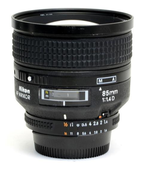 Objetiva Nikon 85mm 1.1.4d Af Us216935