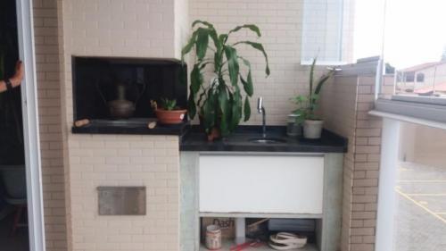 Apartamento No Centro De Itanhaém. Ref. 5443 M H