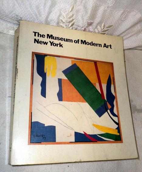 Livro The Museum Of Modern Art New York Raro 1984