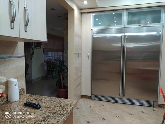 Apartamento En Venta En La Arboleda 04243256750