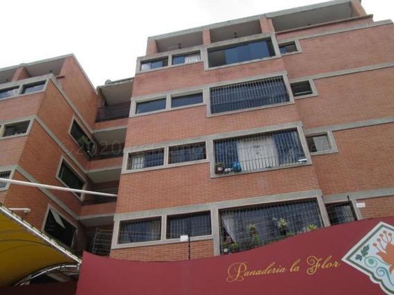 Celeste C 20-24593 Apartamento/oficina En Venta Sta. Monica