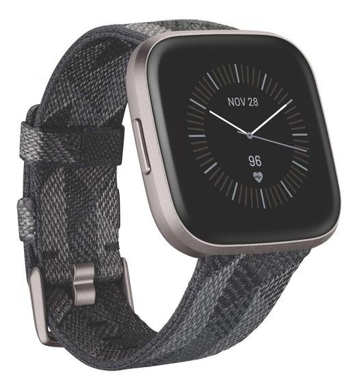 Fitbit Reloj Inteligente - Modelo Versa 2 Edición Especial