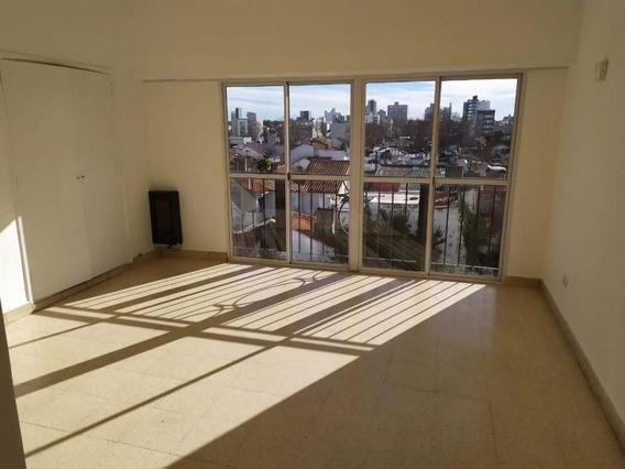 3 Ambientes | Córdoba Al 3100