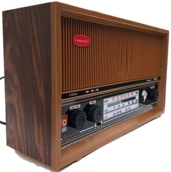 Rádio Antigo Em Madeira Companheiro Itamarati Faixas Fm