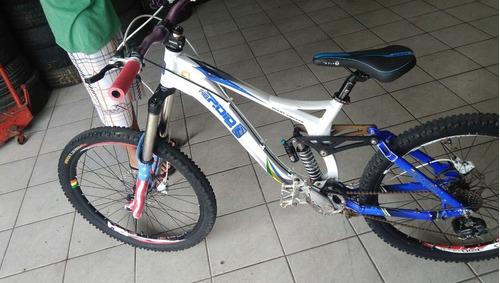 Bicicleta Downhill Gios Stage 1