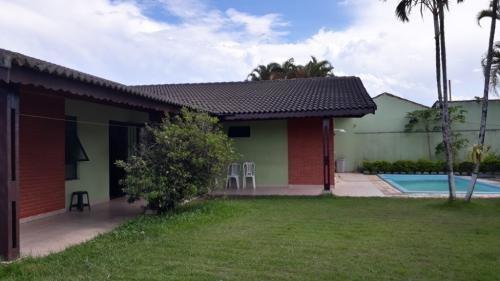 Casa Perto Da Praia Com Piscina, 3 Quartos Aceita Financiar!