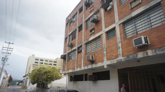 Oficinas En Venta En El Centro Barquisimeto, Lara Rahco