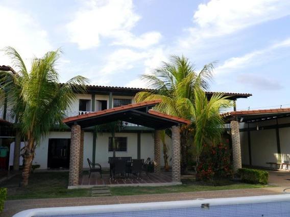 Casas En Venta Cabudare Código 19-17101 Zegm