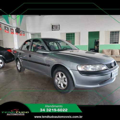 Imagem 1 de 12 de Chevrolet Gm Vectra Gl 2.0 Cinza 1998