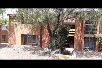 Gran Departamento En Venta, Zona Centro De Querétaro (v)