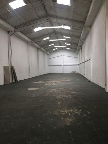 Bodega Industrial En Las Ferias, Bogotá