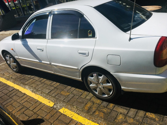 Hyundai Verna 2000
