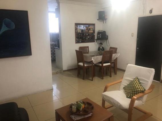 Apartamento En Venta Centro #19-13922 Telf:0424-5673815 As
