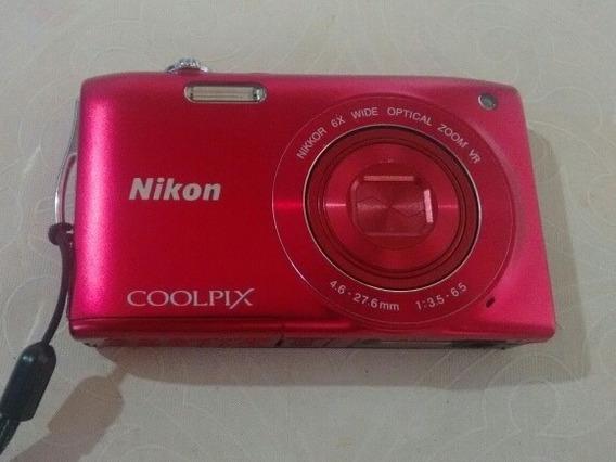 Câmera Digital Nikon Coolpix S3300 - Vermelha