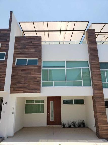Hermosa Casa Con 3 Recámaras En Fraccionamiento Privado