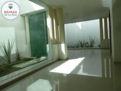 Casa En Renta Nueva En Zona Centro