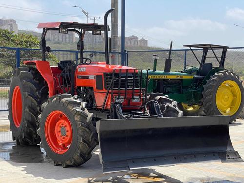 Tractor Kubota M9000 2007 90hp
