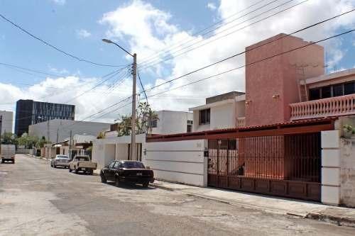 Residencia En Villas Del Sol