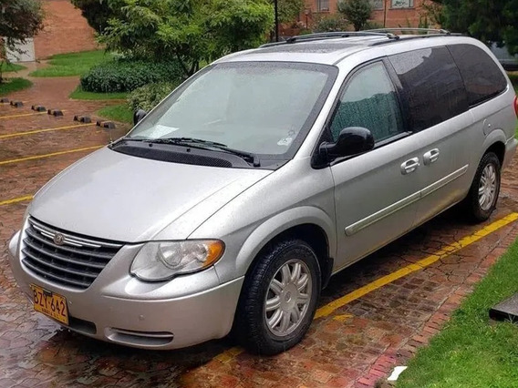 Chrysler Town & Country Americana 7 Psj 2006