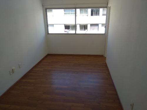 Apartamento En Alquiler Remodelado En Centro