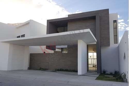 Casa En Venta, Villa De Las Palmas, Sector Viñedos, Torreón, Coahuila