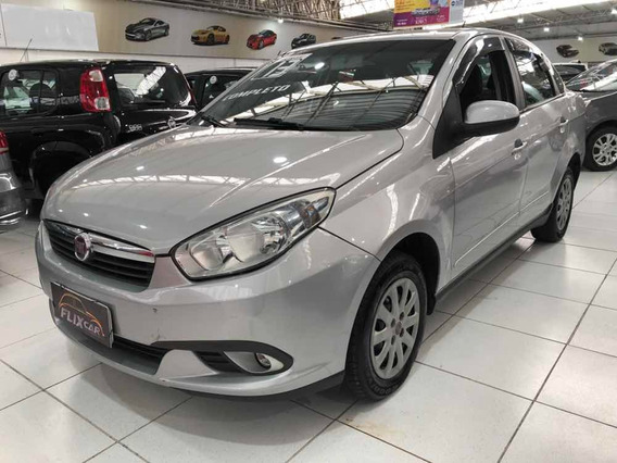 Fiat Grand Siena Attractive 1.4 Flex - 2013