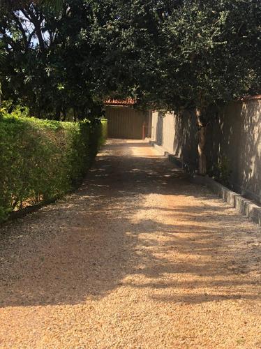 Imagem 1 de 14 de Vendo Chácara Pronta Para Morar.