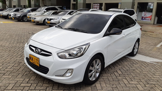Hyundai I25 Accent I25 At 2014