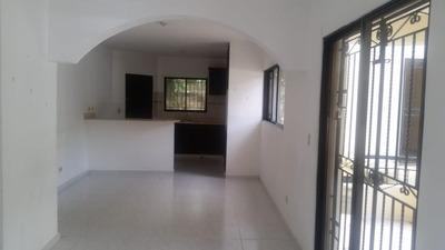 Se Renta Apartamento Con Parqueo Codgo Gaa-003
