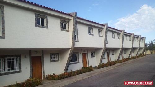 Townhouses En Venta San Lorenzo Maneiro