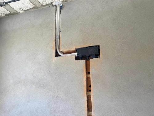 Imagem 1 de 4 de Instalação E Manutenção De Ar Condicionado