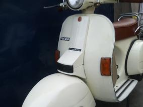 Oferta Vespa: Modelo Px150e - Gratis: Casco Zeus Helmet