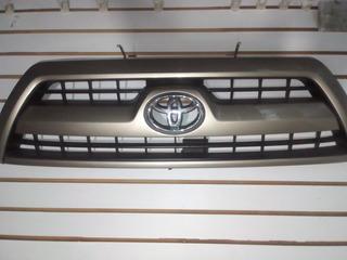 Parrilla 4runer Toyota 100% Originl