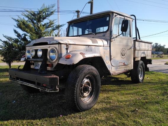 Toyota Bandeirante Camioneta 4x4