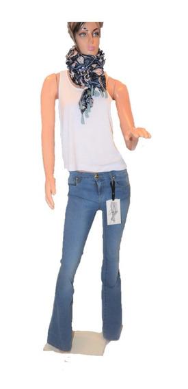 Maria Cher Pantalon Oxford Modelo Jhon Lavado Localizado