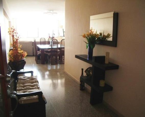 Apartamentos En Venta En Zona Oeste 20-5256 Rg