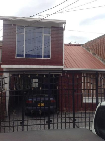 Hermosa Casa A Media Cuadra De La Av. Esperanza Y Apto Indep