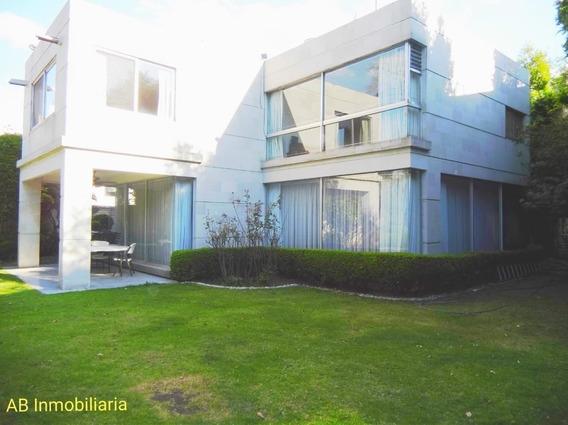 Casa En Venta, Recién Remodelada, Bosques De Reforma