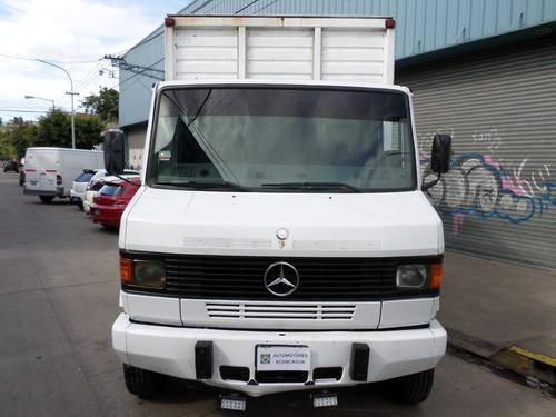 Mercedes Benz 710 Plus `10