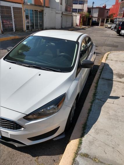 Ford Focus Version S 2.0