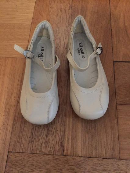 Sapato Boneca Cor Gelo Tamanho 30