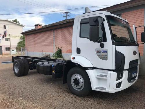 Imagem 1 de 10 de Caminhao Ford Cargo 1319