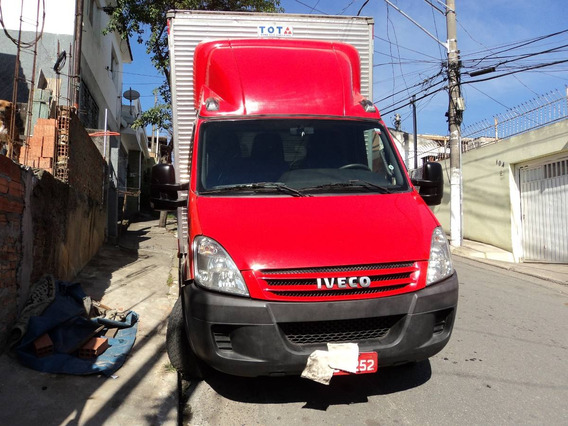 Iveco Daily 35s14 2015 Baú Seco Estado De Nova