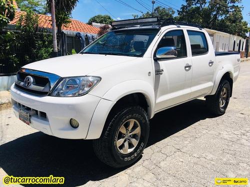 Toyota Hilux Kavak 4x4 Automático
