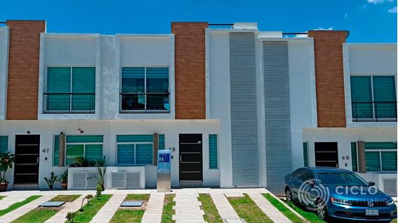 Casa En Venta Corregidora.