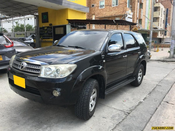 Toyota Fortuner Sr5 4x2 At