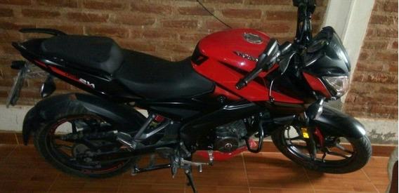 Bajaj Rouser 160cc